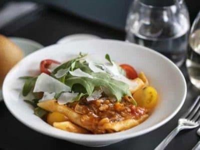 Cathay Pacific - Fleischlose Bolognaise