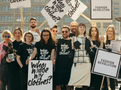 Bild der letztjährigen Demonstration anlässlich der Fashion Revolution Week in Berlin 2018 ©Fashion Revolution Week