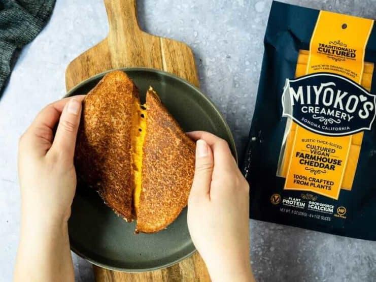 Miyokos Creamery Cheddar Cheese