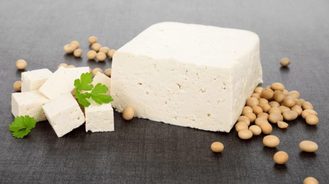 Ein Stück Tofu (natur)