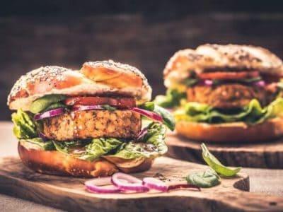 vegan pflanzliches Fleisch Ersatz Burger